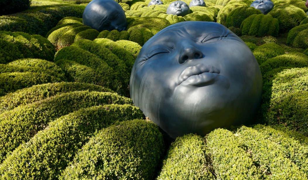 Вілла «Роксолана» та дивовижні сади на стрімчаку в Етрета